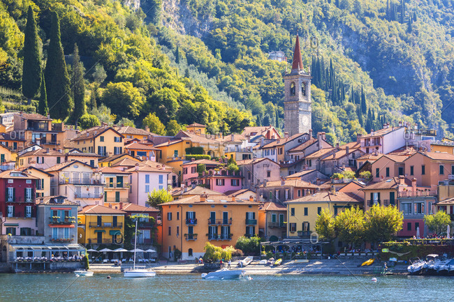 Lecco-lake-como-town-fall