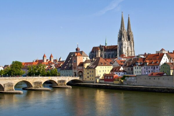 Regensburg-river-view-city
