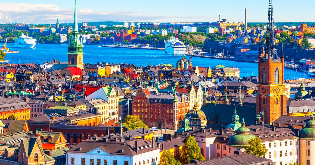 stockholm-streets-center-town