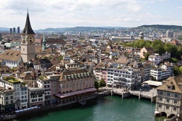 zurich-city-river-vista