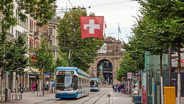 zurich-swiss-streets-villiage